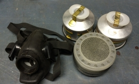 Gasmaske mit Schraubfilter, Barikos BRK